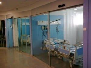 puerta hospitalaria