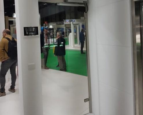 puerta automatica sin contacto batiente