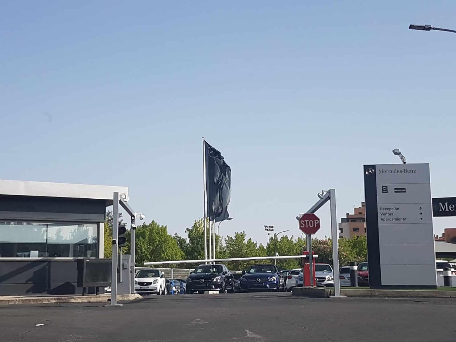 instalacion barrera automatica parking madrid mercedes alcala