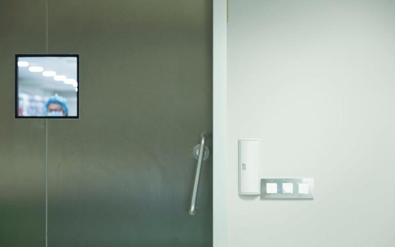 puertas automaticas sin contacto para hospitales
