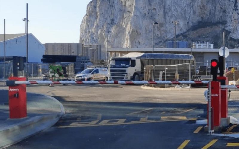 instalacion barrera aparcamiento gibraltar